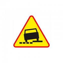 Znak A-31 Niebezpieczne Pobocze