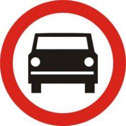 Znak B-3 Zakaz Wjazu Pojazdów Silnikowych z Wyjątkiem Motocykli Jednośladowych