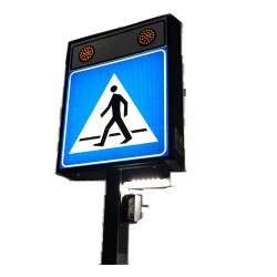 Aktywne podświetlane przejście dla pieszych z panelem solarnym