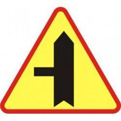 A-6c Znak Skrzyżowanie z drogą podporządkowaną występującą po lewej stronie
